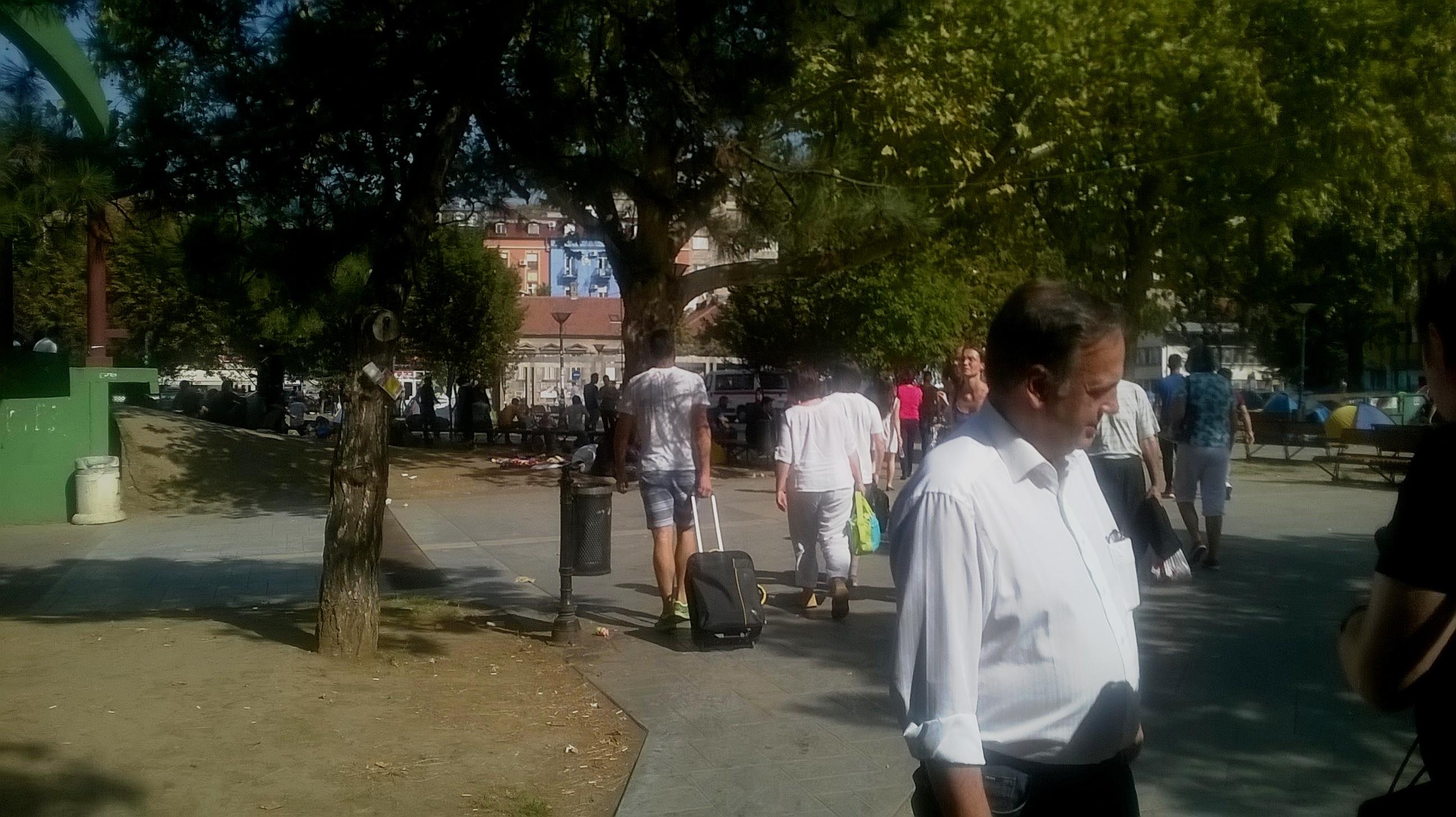 Knut Fleckenstein visiting refugees in Belgrade